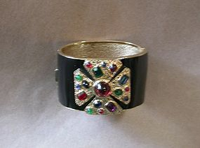 CINER ENAMELED AND JEWELED BRACELET
