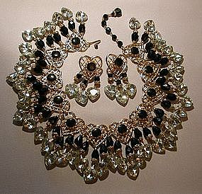 LAWRENCE VRBA SHOWER NECKLACE AND EARRINGS SET